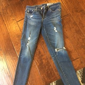 AG super skinny size 26 excellent condition